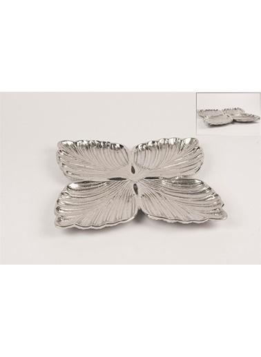 Mikasa Moor Antik Gümüş Yonca Metal Dek Tabak 26X26Cm Gümüş